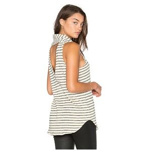 CHASER Cowl Neck Back Vent Tank // Size Small